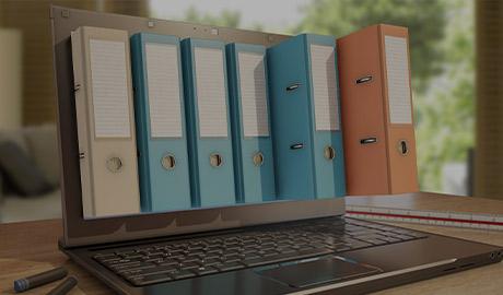 Illustration d'un ordinateur portable avec cartables et dossiers incrustés dans l'écran